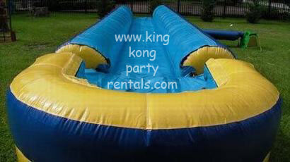 32ft single lane slip n slide with pool rental, houston, tx - kingkongpartyrentals.com
